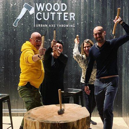 WoodCutter - Axe Throwing Bar
