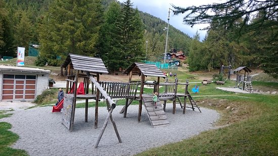 Bellwald, Schweiz: Richinen-Furggulti, Parking base station and playing area