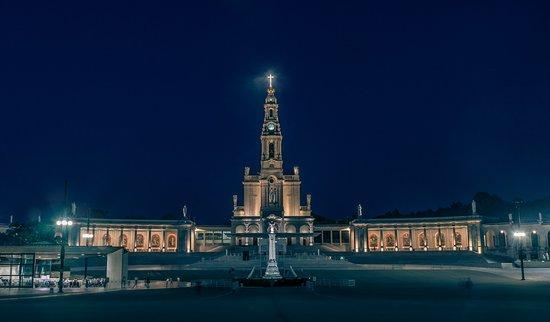 Peregrinos de Fatima - Visitas Guiadas & Peregrinacoes Catolicas