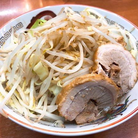ラーメン 豚山 大塚店