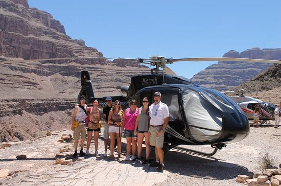 Grand Canyon Helicopter Tour from Las...