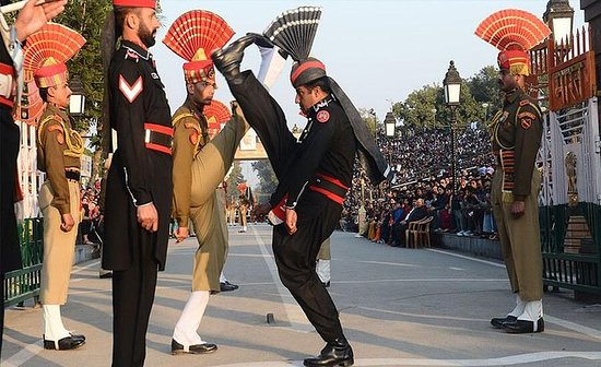 Amritsar Wagah Border Beating Ritiro