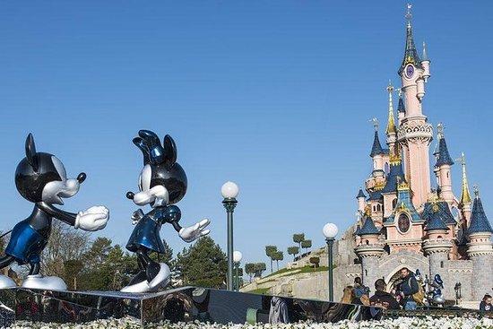 Disneyland Paris : billet d'entrée 1...