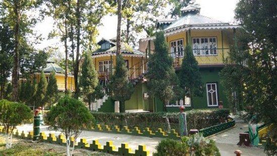 Uttar Kalamati, India: Outside view