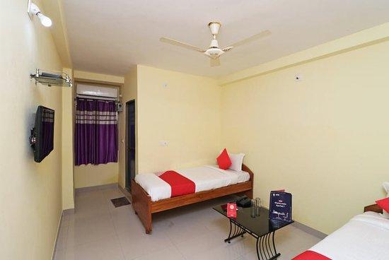 Interior - Picture of OYO 16111 G S Rest House, Bodh Gaya - Tripadvisor