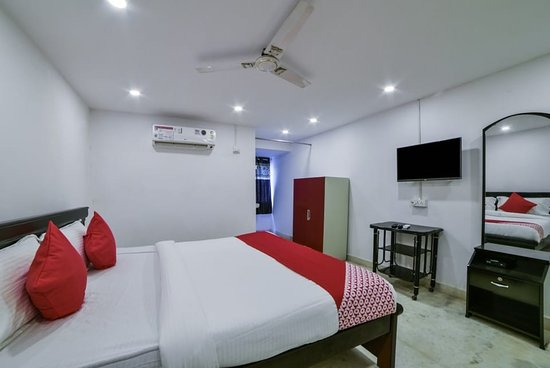 Pictures of OYO 13251 Hotel Three Castles Deluxe - Hyderabad Photos