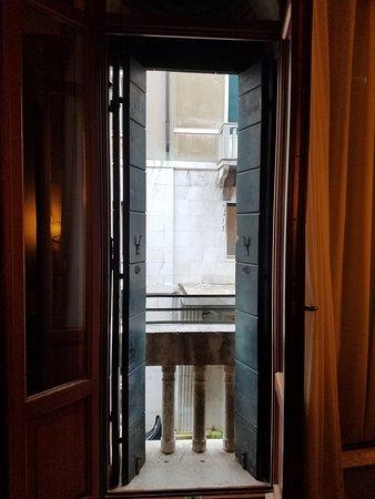 great location - Hotel Lisbona