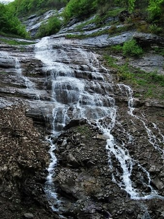 Acquasanta Terme, Italia: Il percorso per le cascate