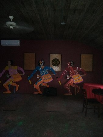 Tarpum Bay, Eleuthera: Celebrating Junkanoo