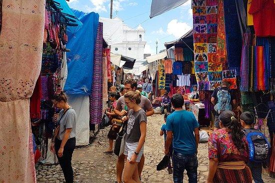 Privat tur: Chichicastenango Market...