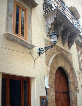 Palazzo Riccio Di S Gioacchino