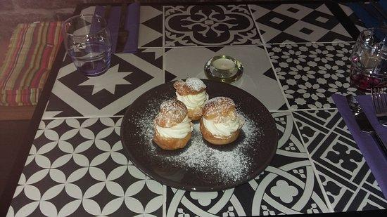 Petits choux chantilly - dessert du jour
