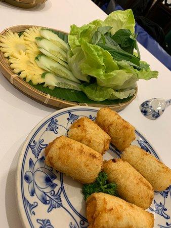 Song Ngu Seafood Restaurant Photo