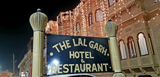 Traditional Rajastani hospitality