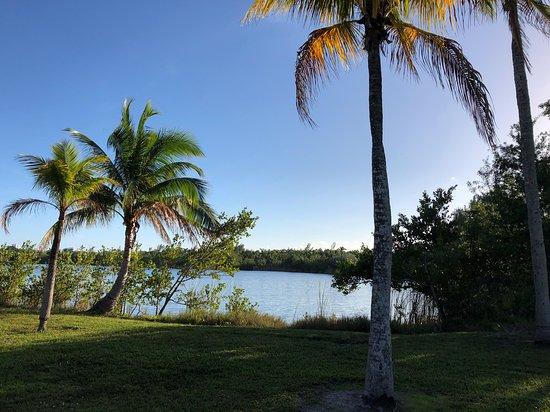 West Lake Park: El lago