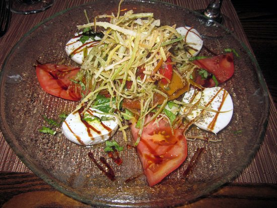 Trevose, PA: Buffalo Caprese  (tomatoes, mozzarella, roasted peppers & fried leeks)