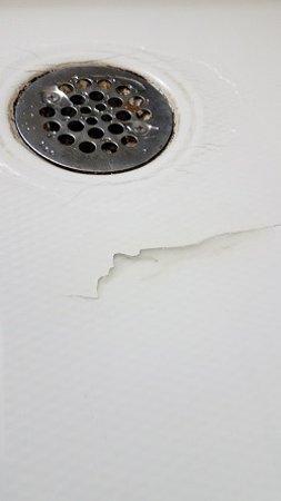 Trussville, AL: Closeup Crack.