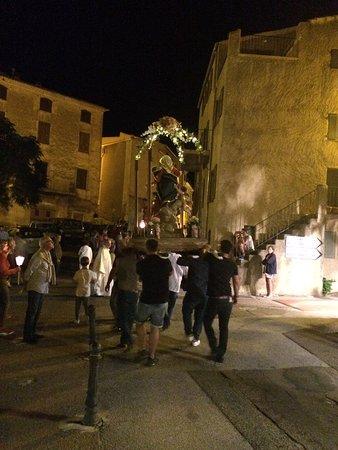 Speloncato, France: Prozession in Speluncato