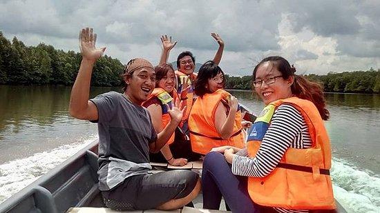 Танджунг-Пинанг, Индонезия: Discovery mangrove & Igloo's tour (Dapur Arang)