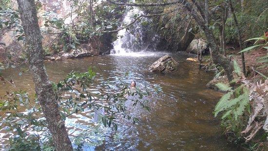 Cachoeira do Mangue, Tiradentes. Perto da cidade, caminhada pela matinha, próximo do bairro Pacu, saída estrada velha. 2km caminhada ingrime mas vale a pena pelo visual, queda d'água e poucos visitantes. Lindo lugar para refrescar.