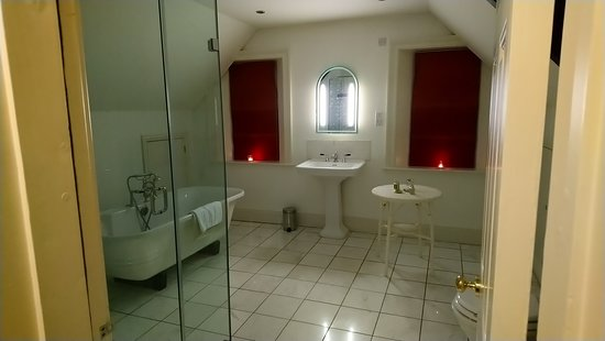 Staddlebridge, UK: bathroom room 7