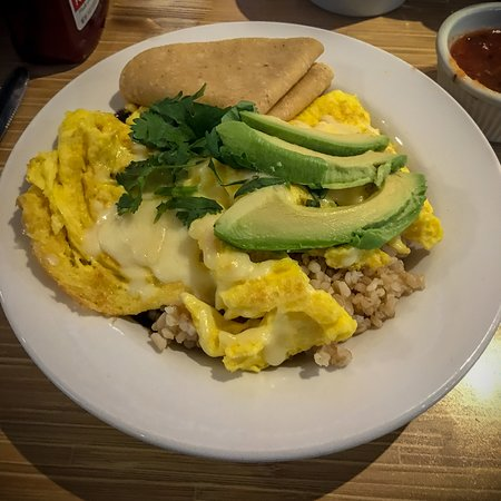 Laguna Woods, Калифорния: Celia's Breakfast Bowl