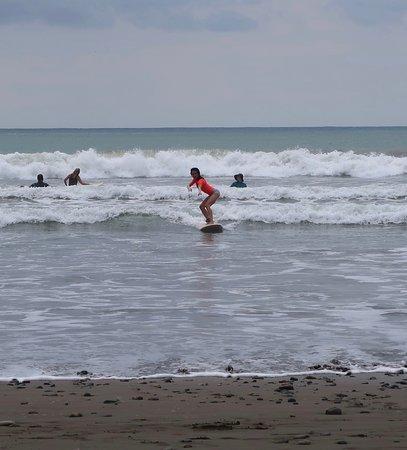 Beginner Surf Lesson: Easy peasy!