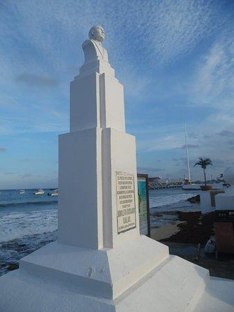 Dr. Adolfo Rosado Salas Monument