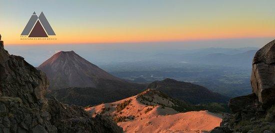 Ciudad Guzman, Mexico: Un amanecer en camino a la cumbre del Nevado de Colima