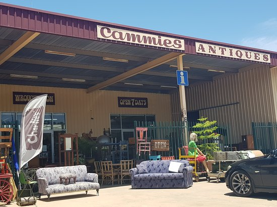 Cammies Antiques and Collectables