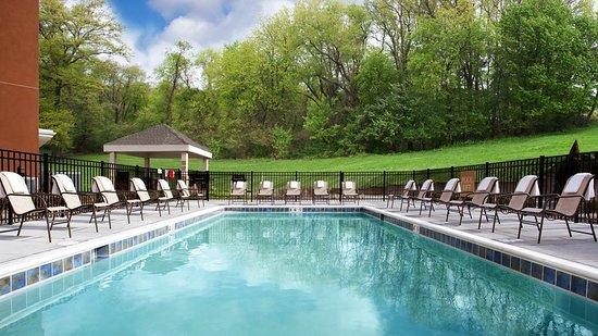 Carrollton, OH: Pool