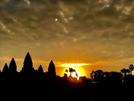 Angkor Adventure Tours