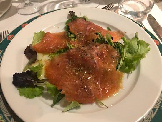 NH La Spezia : Cenone: Salmone marinato al lime ed origano