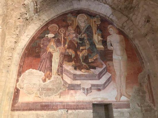 Santa Maria a Pie di Chienti: Affresco