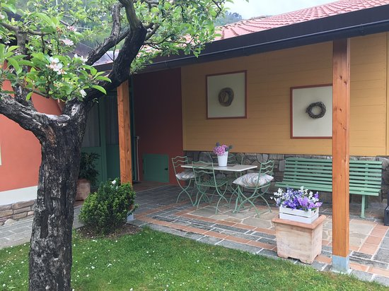 Gallicano, Itálie: Veranda esterna riservata all'alloggio