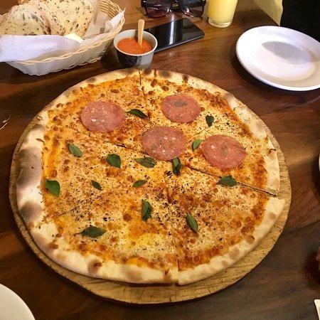 Finally... a good Mexican Margherita pizza!