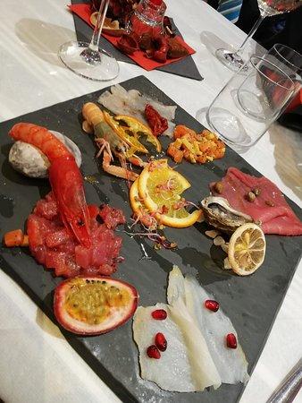 Marina Beach Restaurant Photo