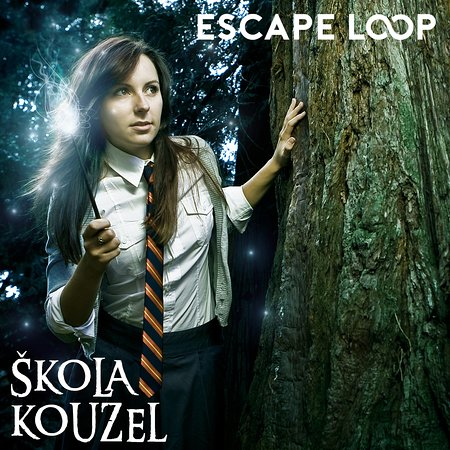 ESCAPE LOOP - Škola Kouzel