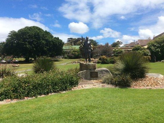 Alison Hartman Gardens/Mokare Park
