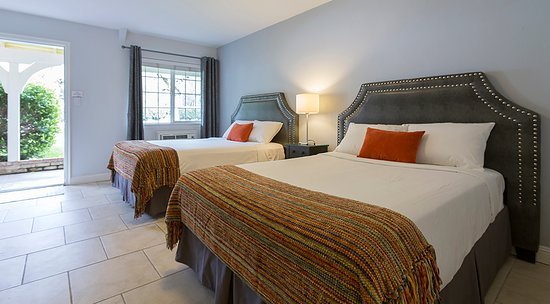 Upper Lake, Californien: Clean, quiet, spacious mountain view rooms.