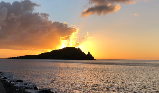 Soufriere, Dominica: Best sunsets in Dominica!