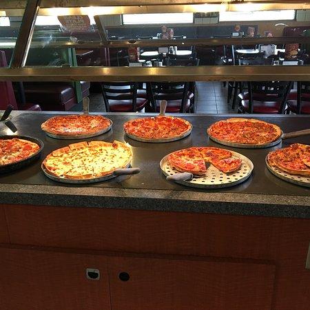 Mustang, OK: Mazzio's Pizza