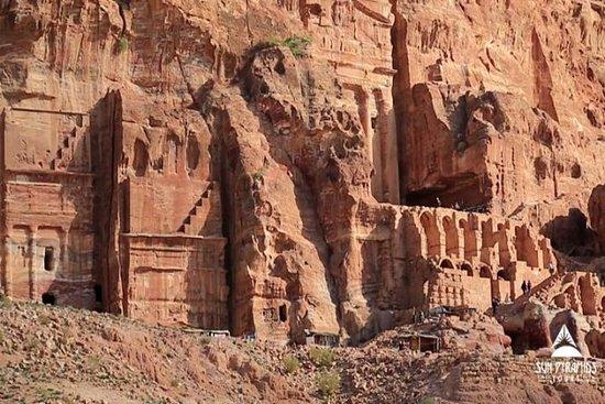 Petra Tour från Sharm med kryssning