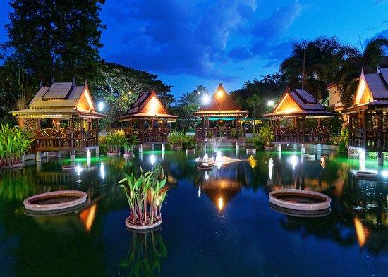 Khun Han, Thailand: Sun set at the restaurant area