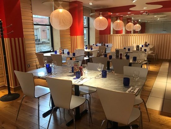 Interior - Picture of Pizza Express, Leeds - Tripadvisor
