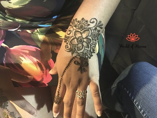 Visit our Henna House at Orchard Centre, Quatre Bornes for your Walk-in Henna Session or book an appointment by calling on 58105674 or online on www.worldofhenna.net