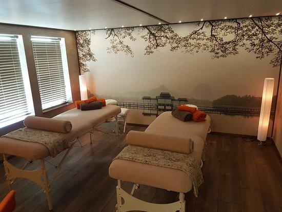Sauna Ishidoro: Geniet van een heerlijke duo-massage!