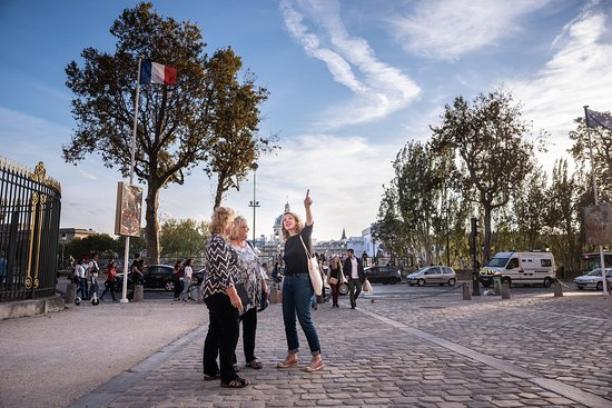 Paris local guides
