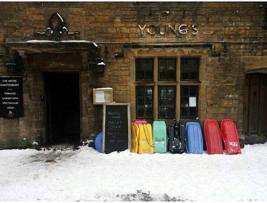 The Mitre: Sledges winter pub