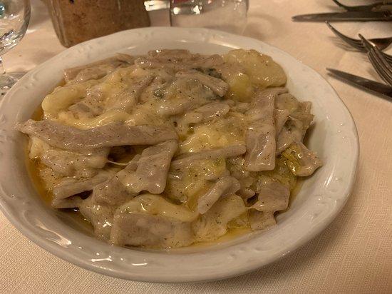 Ardenno, Italy: Abbondante piatto di pizzoccheri!